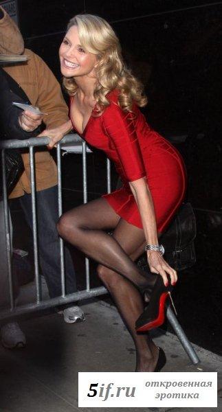 Christie Brinkley вышла на публику голая