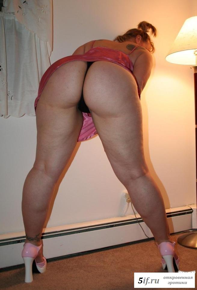 porno-seksualnom-foto-bolshie-zhopi-i-lyazhki-erotika-goryachih-lesbiyanok