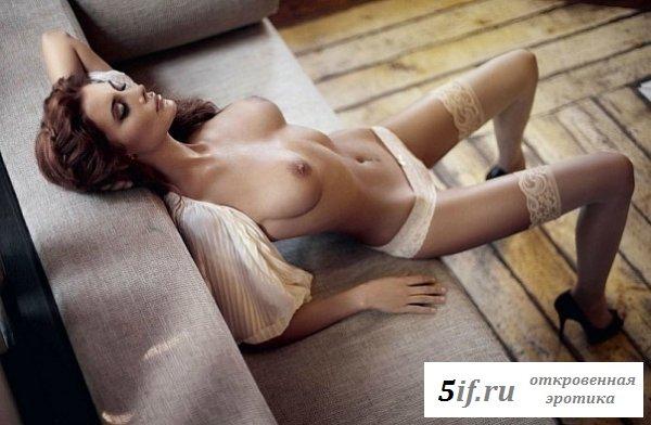 Длинные сексуальные ножки Лилии Кулик