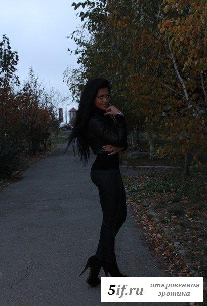 Привлекательная грузинка очень перевозбуждена