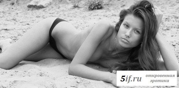 Екатерина Синицына привлекает телом