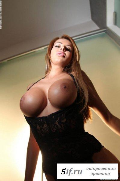 Шикарная обнажённая русская девка