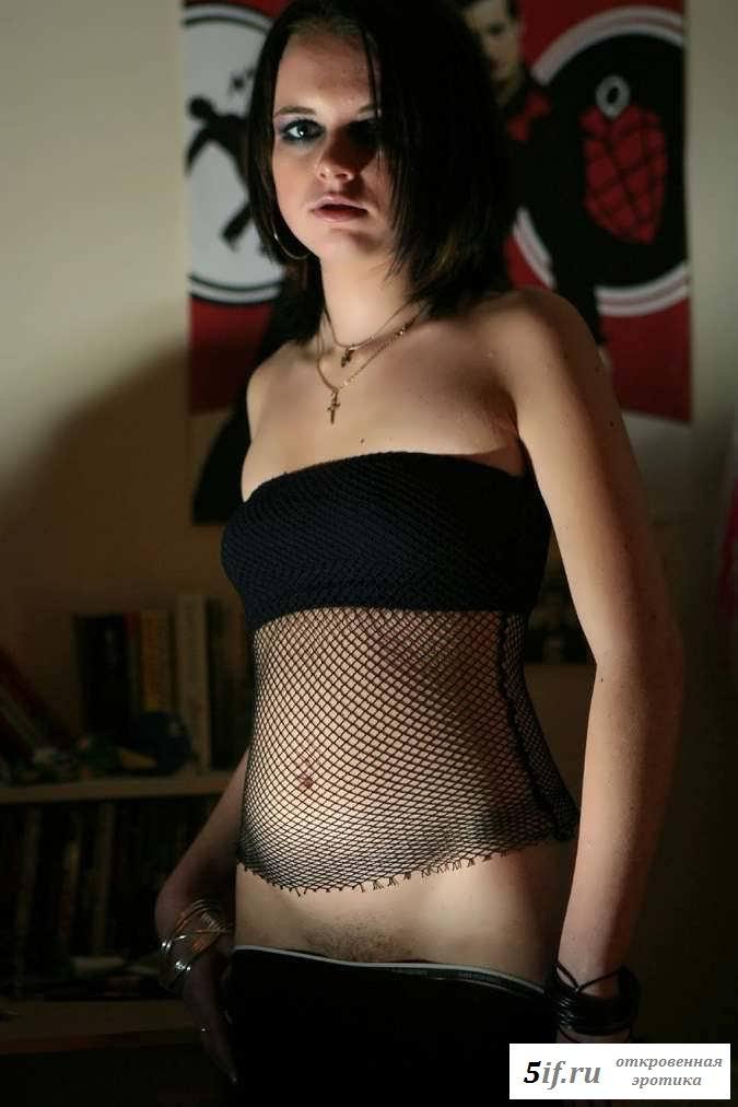 Эротика девки с замечательной фигурой (23 фото)