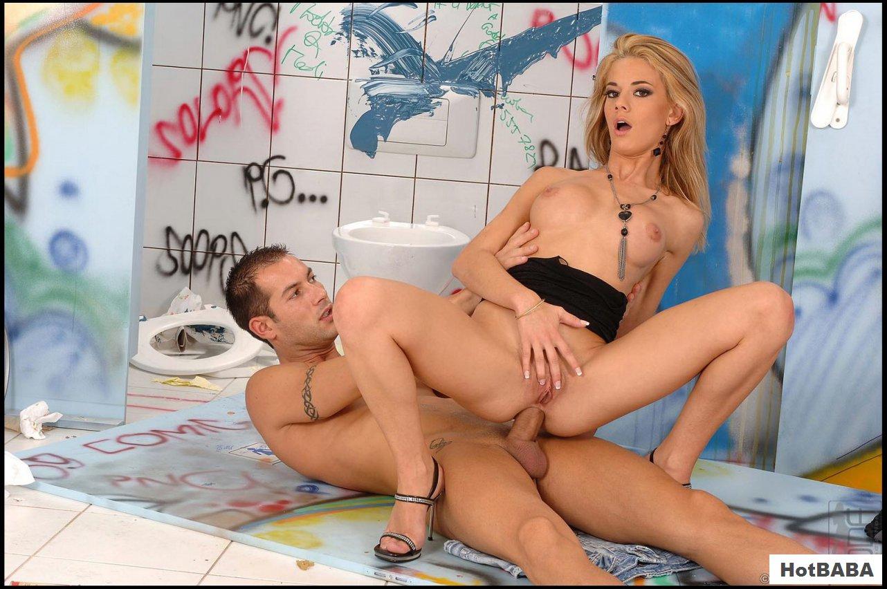 Chloe Delaure Munching Two Hard Cocks